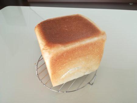 食パン全容