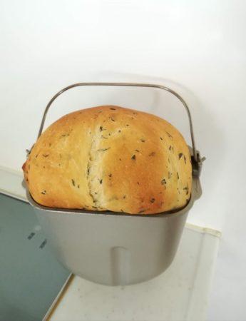 バジル食パン完成