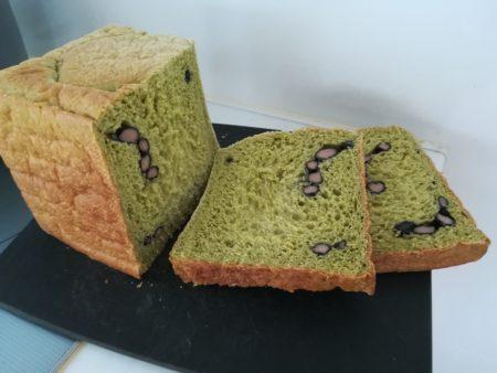 食パン型で焼いたパン