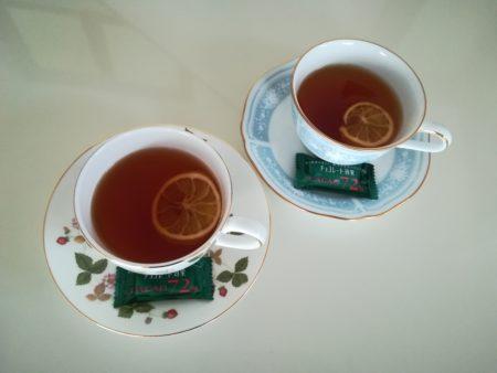 紅茶にドライフルーツ